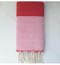 toalla de playa rojo cereza