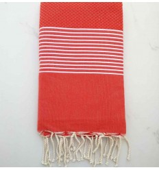 toalla de playa rojo claro
