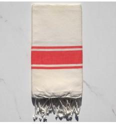 toalla de playa blanco cremoso con rayas rojo