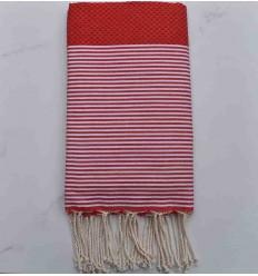 toalla de playa grosella roja