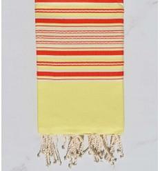 Toalla de playa arabesco amarillo con rayas rojas