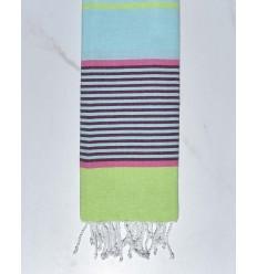 toalla de playa para niños azurina azul claro, rosa, magenta oscuro y verde claro