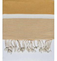 cubre cama promedio 1.5*2.5m arena amarilla