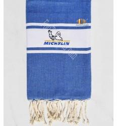 Toalla de playa jean azul bordado Michelin